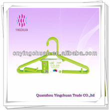 Wholesale bulk clothes plastic hangers