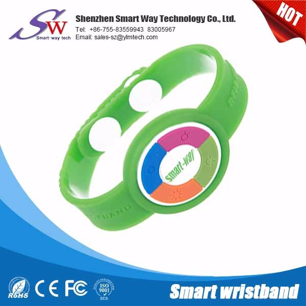 Low cost programmable wristband rfid functionality 125MHZ 13.56KHZ