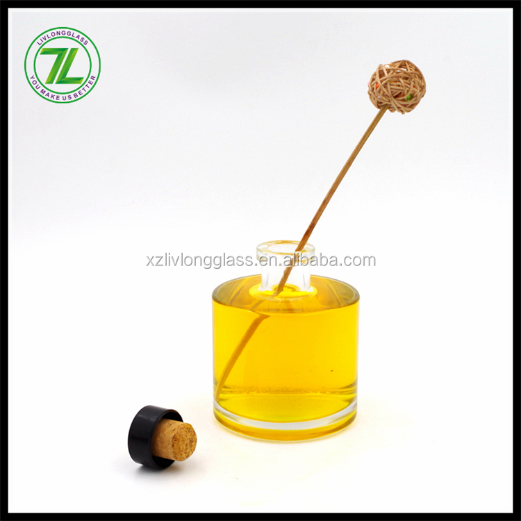 2016 newest glass bottles for reed natural oil diffusers wholesale
