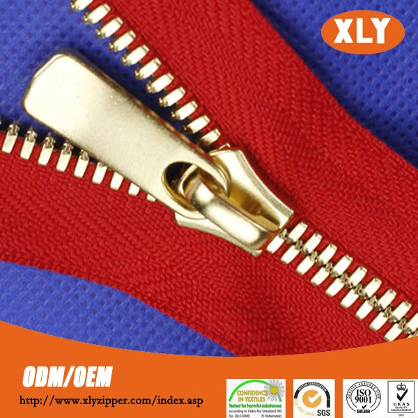Metal zipper wholesale shining appearance all kinds of gold zippers