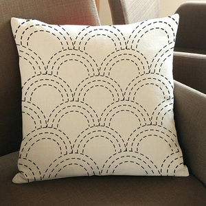 custom traditional pattern printed pillow with competitive price