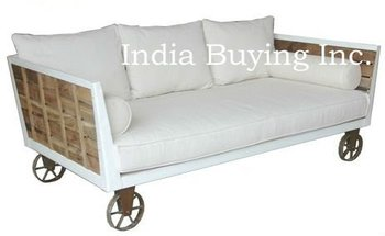 Industrial Style Vintage Finish Retro Cast Iron Wheel Day Bed Sofa