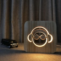 FS-T1805W headset shape wood light Hot product wooden decoration lamp led desk light with usb for birthday gift