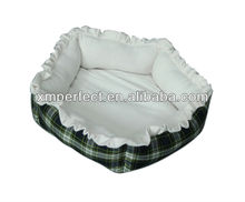 Luxury print fleece indoor dog house bed for dogs