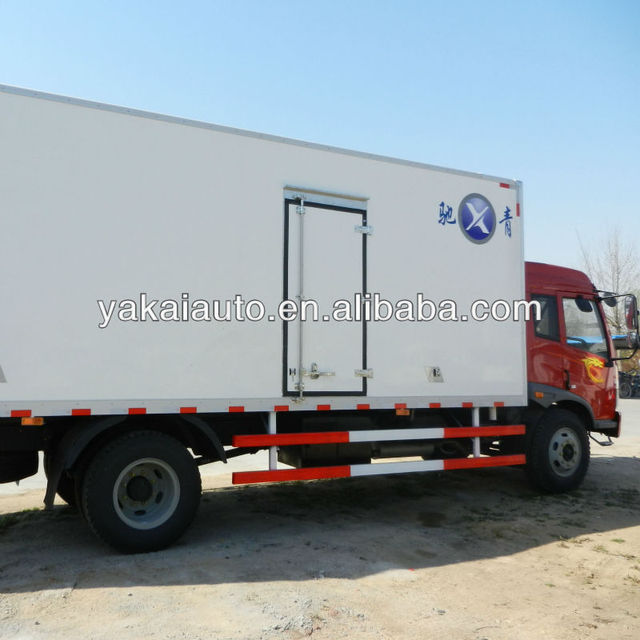 Dry freight truck, insulated van, insulated truck box