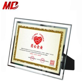 Neueste Stil Transparent Glas Foto Rahmengraduation Zertifikat