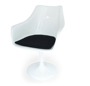 Modern home and dining room tulip dining side chair by Eero Saarinen