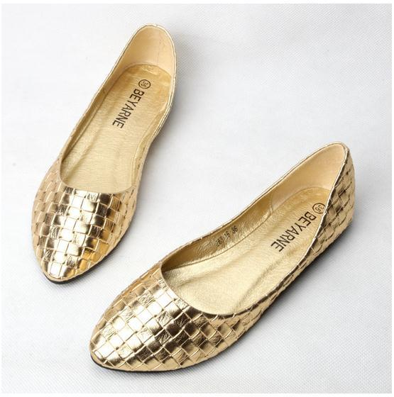 Girls Shoes In Gol Or Silver In Size Four
