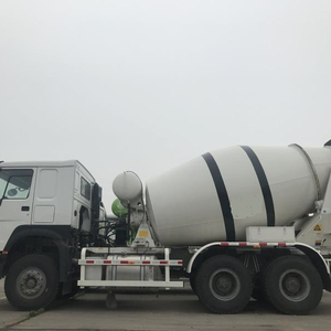HOWO 8m3 concrete mixer truck price in india for sale