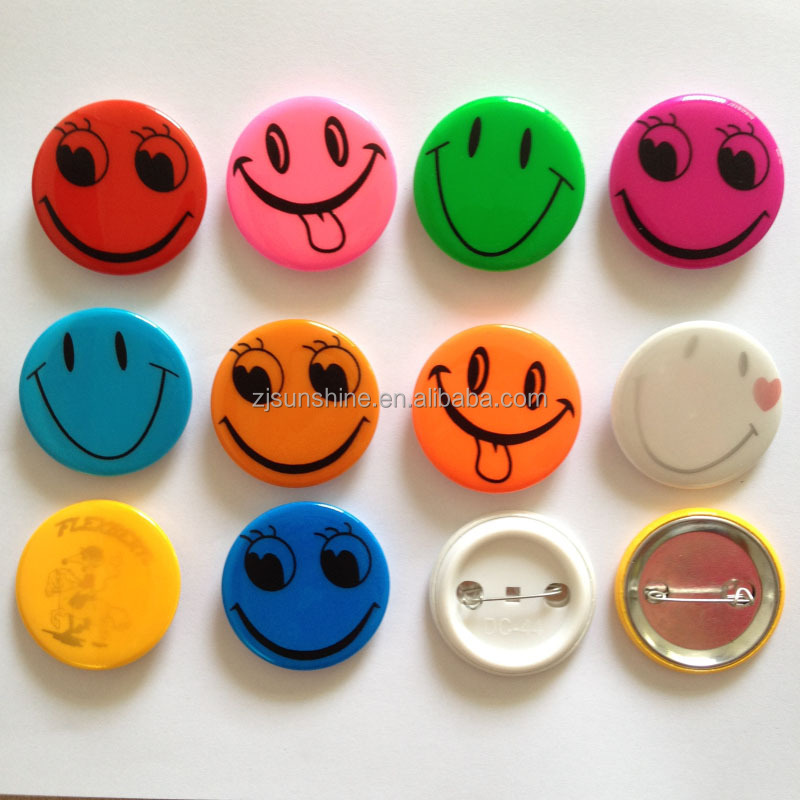 circular smiling face reflective badge simple and fresh badge
