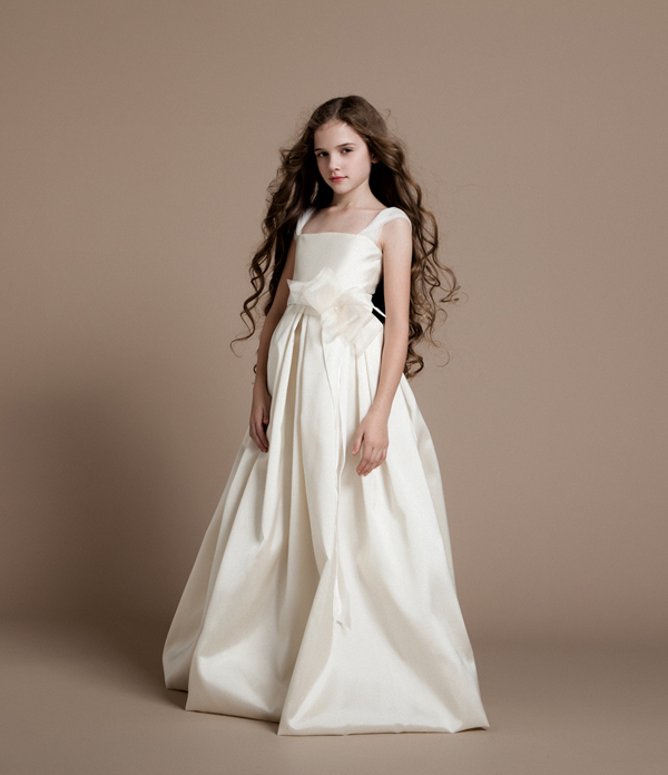 Classic Ivory Wedding Dresses: 2014 Cheap Classic Ivory Flower Girls' Dresses Taffeta