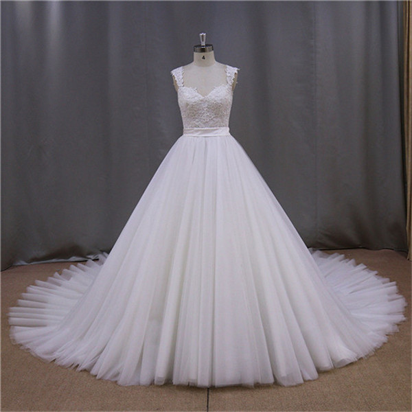 White Puffy Wedding Dress With Diamonds, White Puffy Wedding Dress ...