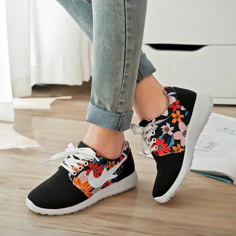 500x333 Del Mas Pequenos 1 Pies Mujer Mundo Zapatos HUwxXdFq 2137eecedae5