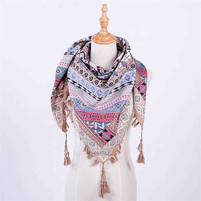 Square pattern Ethnic style printed fashionable <strong>scarf</strong> with tassel