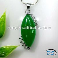 Charming ladies long oval shape silver plated jade gemstone pendant