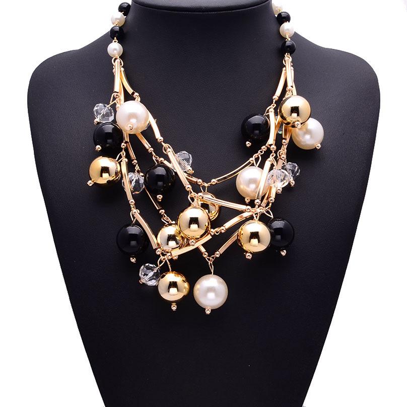 Bisuteria al por mayor china precio collar de perlas real con flores collar de cadena de