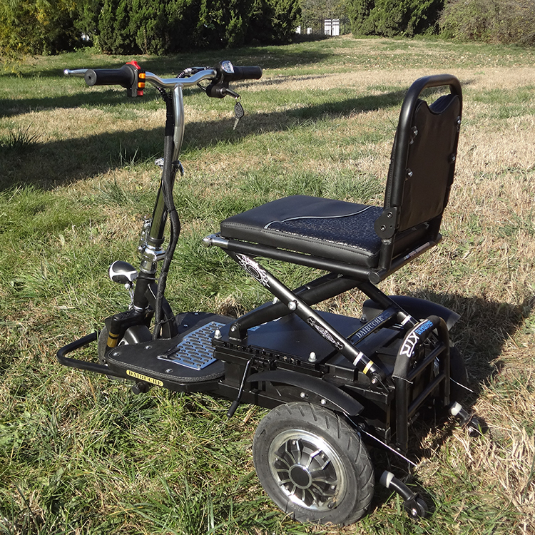 Spray frame light weight folding disability 3 wheel mobility scooter