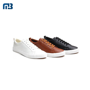 Good Quality Customized 40-46 Size Black White Brown PU Leather Flat Casual Men Shoes