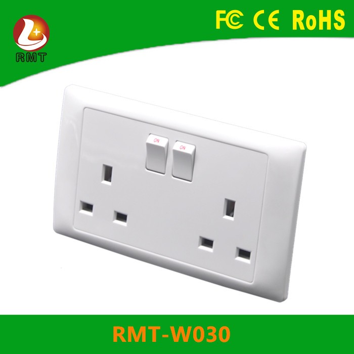 Double Wall Faceplate 2 Gang UK Plug Socket 13A with individual switch