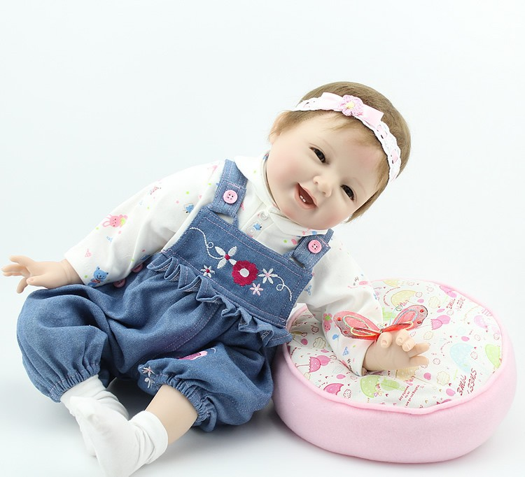 Fashion vinyl doll 22 inches silicone lifelike baby doll reborn baby doll supplies Factory