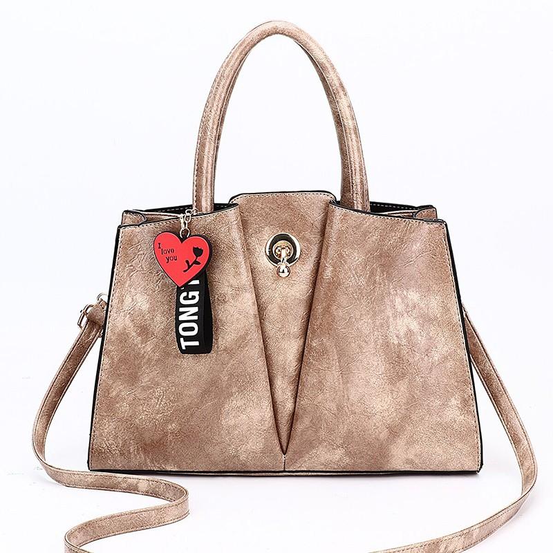 7bb7288395613 Son tarzı kadın çanta 2019 model PU çantalar Lüks Çanta 1/1 deri çantası  genç