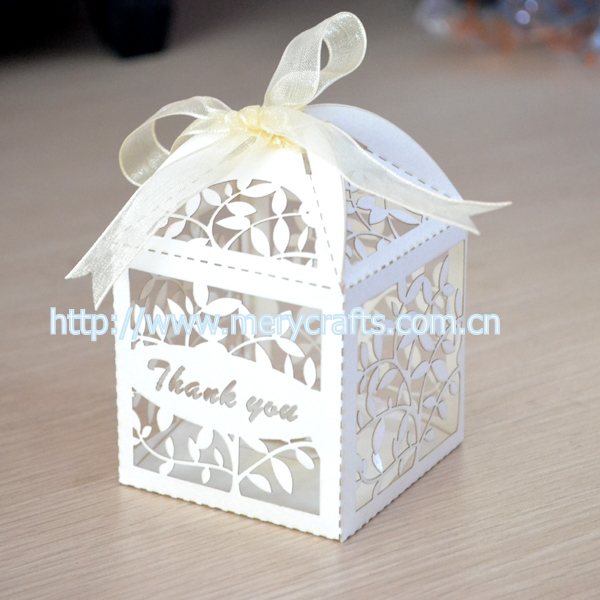 Wholesale Laser Cut Paper Wedding Candy Boxes Leaves Wedding Favors ...
