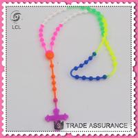 Cross pendant silicone rubber necklace cord, low price silicone rubber necklace
