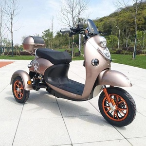 Wholesale china cheap price 2 passenger 3 wheel electric scooter