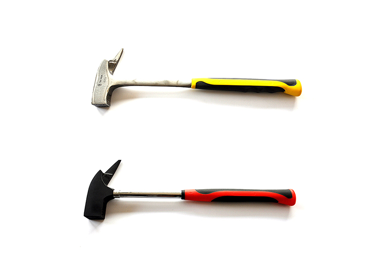 600g one-piece carpenter hammer with grip handle