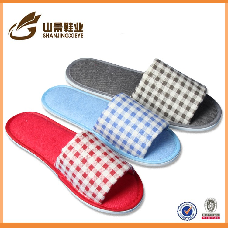 White terry with customized logo cheap hotel slippers