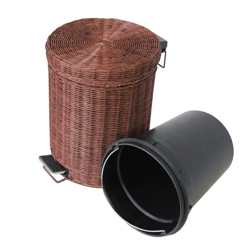 small bathroom wastebasket with lid evideco 6507183 bathroom mini waste basket for bathroom or. Black Bedroom Furniture Sets. Home Design Ideas