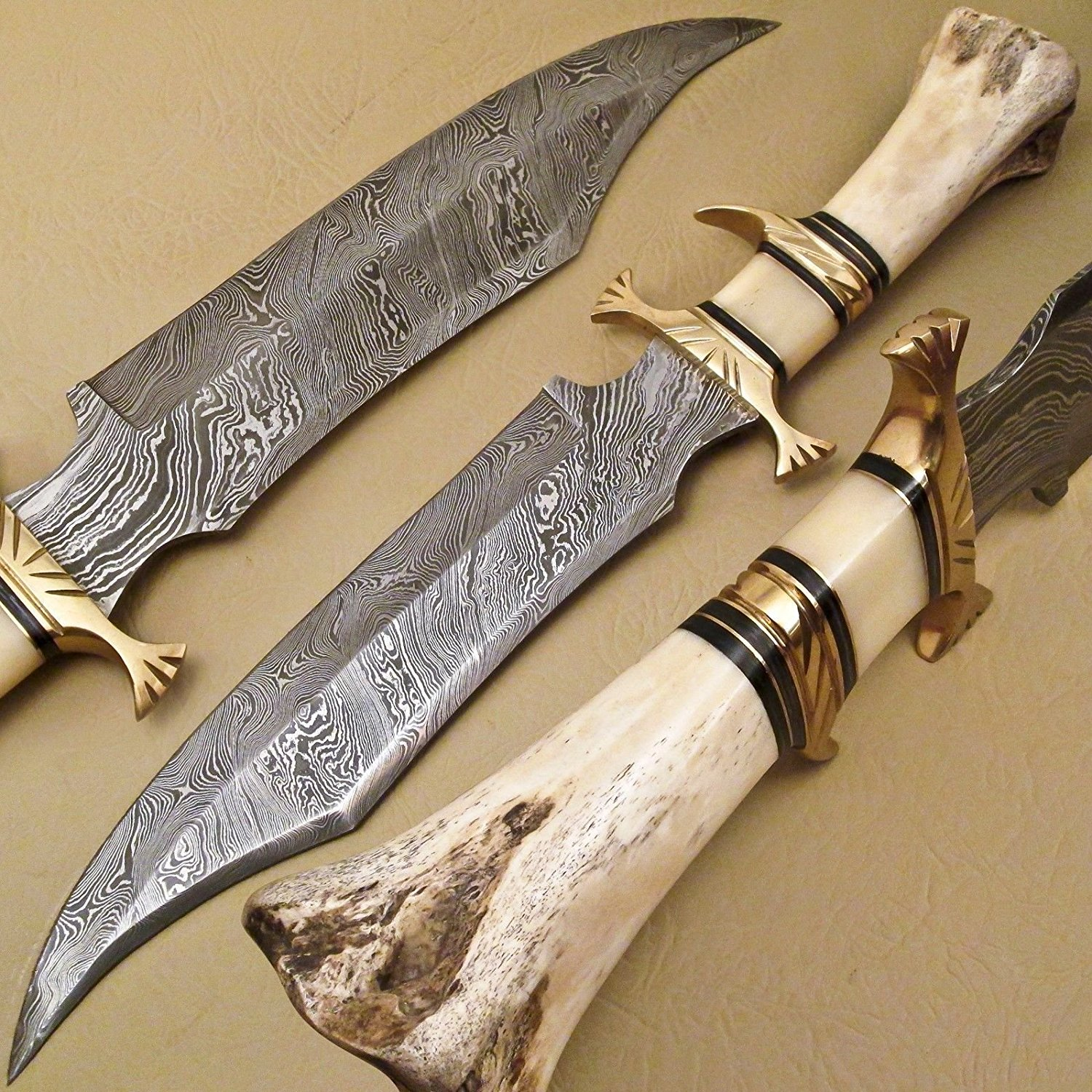 Beautiful Handmade Custom Damascus Steel Fixed Blade Bowie Knife Camel Bone Handle For Collectible Tactical Combat Military Rambo Hunting with Sheath