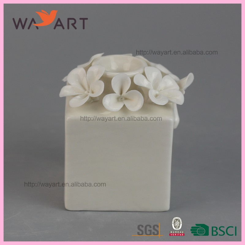 Fashion White Ceramic Flower Fragrance Diffuser For Sale