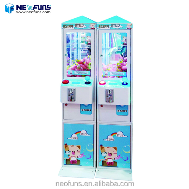 2018 good quality doll toy crane machine mini crane claw machine mini for sale