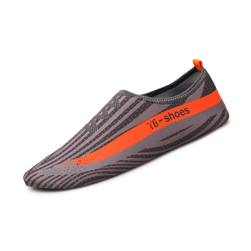 Soft and fashion printing swim rubber beach water walking shoes anti-slip water shoes
