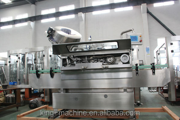 Automatic vaccum twist-off capping machine