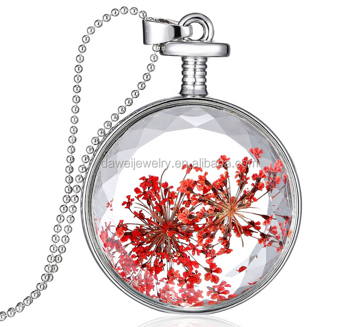 organic dried flower theme necklace for souvenir in singapore