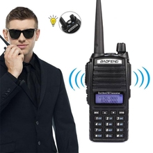O Transporte da gota UV-82 8 W Dual Band <span class=keywords><strong>BaoFeng</strong></span> Two-Way Radio FM VHF UHF Handheld Walkie Talkie Telefone