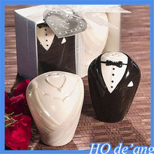 wedding gifts Wedding Favor ceramic spice jar bride and groom pattern pepper pot salt and pepper seasoning cans MHo-129