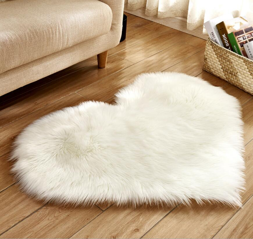 Factory wholesale white round shape faux sheepskin fur rug carpets