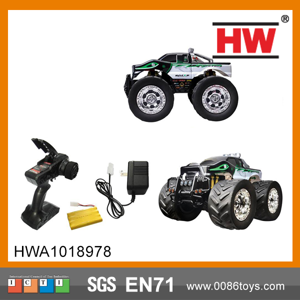 2.4G 1: 8 off-road climbing vehicle simulation with light voice with charger 4x4 rc trucks for sale