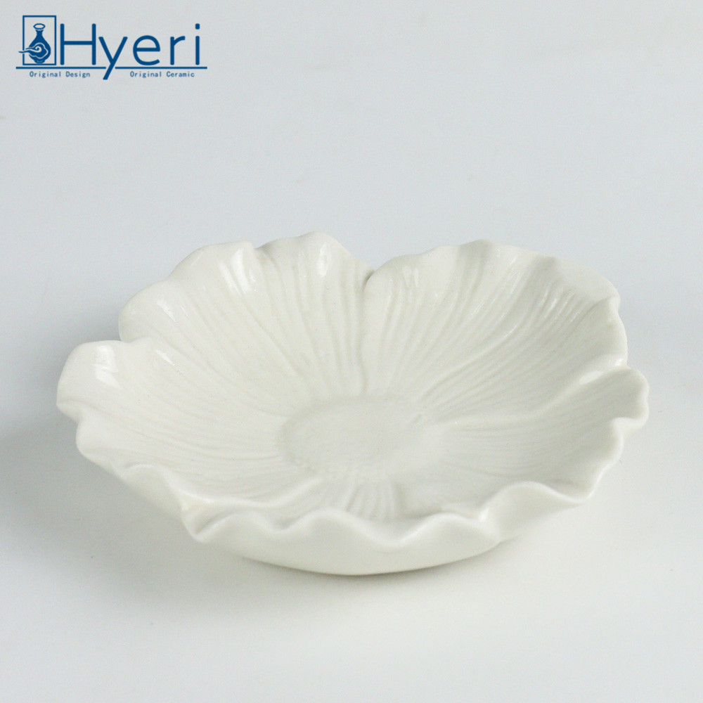 Lotus flower candle holder wholesale lotus flower candle holder lotus flower candle holder wholesale lotus flower candle holder wholesale suppliers and manufacturers at alibaba izmirmasajfo