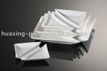 H6857 white porcelain devieded different shapes dinner plates triangle : triangle dinner plates - pezcame.com