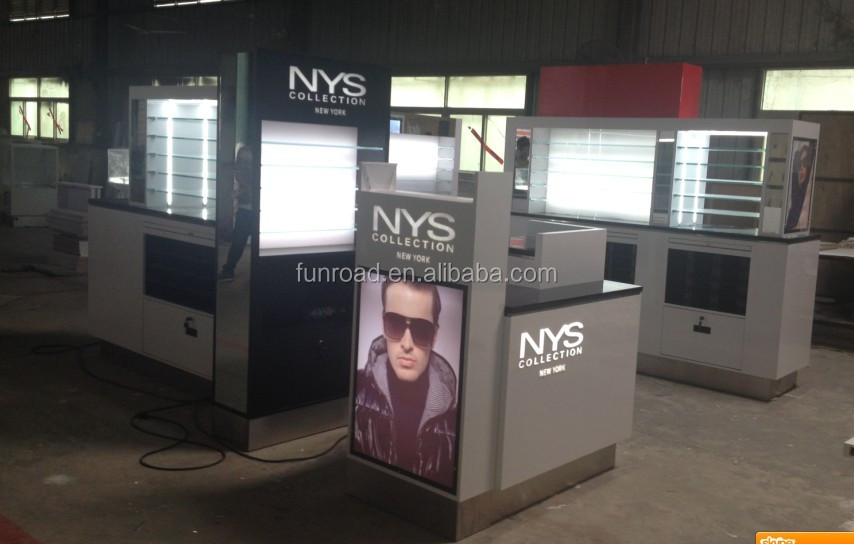 Names Mobile Phone Shop Interior Design With Display ...