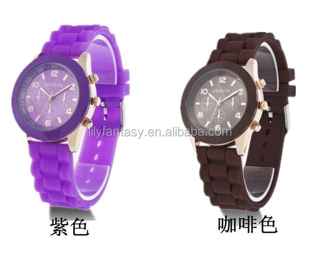 Top fashion silicone geneva watch with crystal for Christmas gift