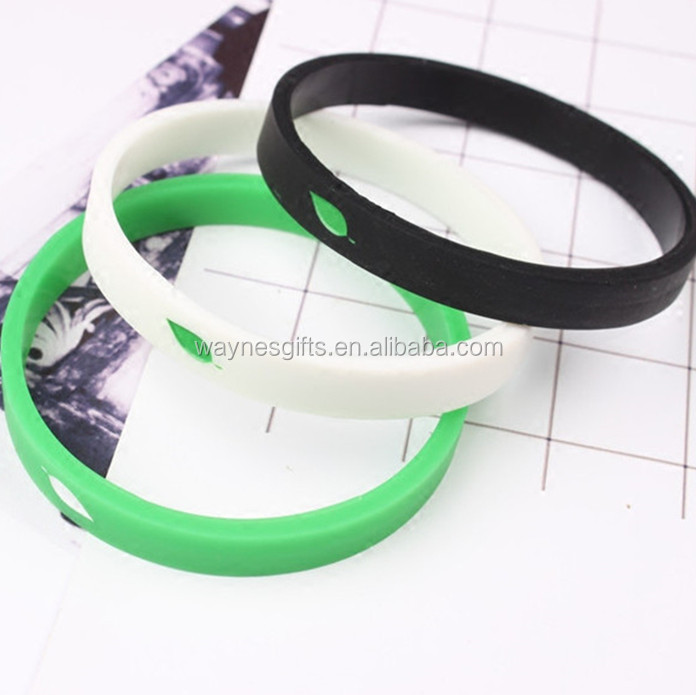 cheap personalized scented silicone bracelet, rubber silicone wristband