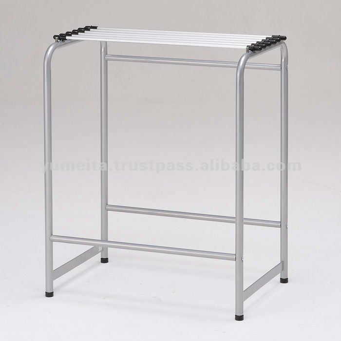 Japanese High-Quality Rack Pipe Fittings Simple Newspaper Holder Stand