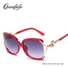 CPJ300 Wholesale 2018 new trendy designer women oversized wine red frme fox decoration temple sunglasses