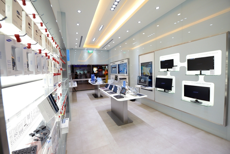 China High End Computer Shop Design Laptop Interior Store Display ...