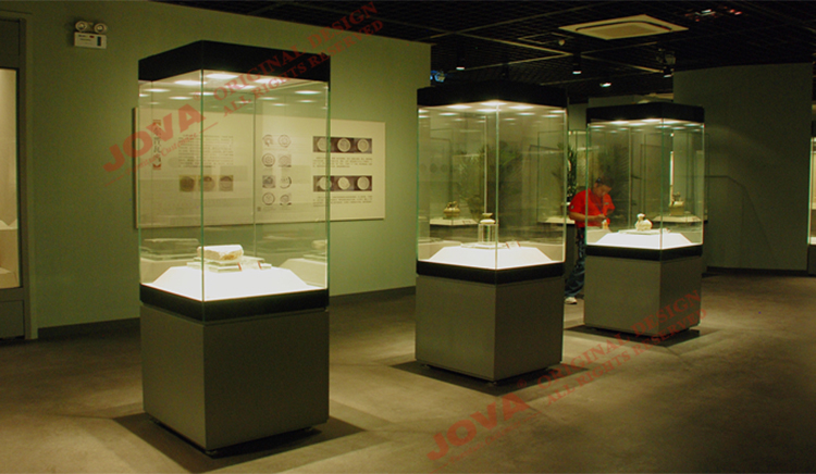 Museum Display Cases Glass Amp Wood Museum Cabinets Nice